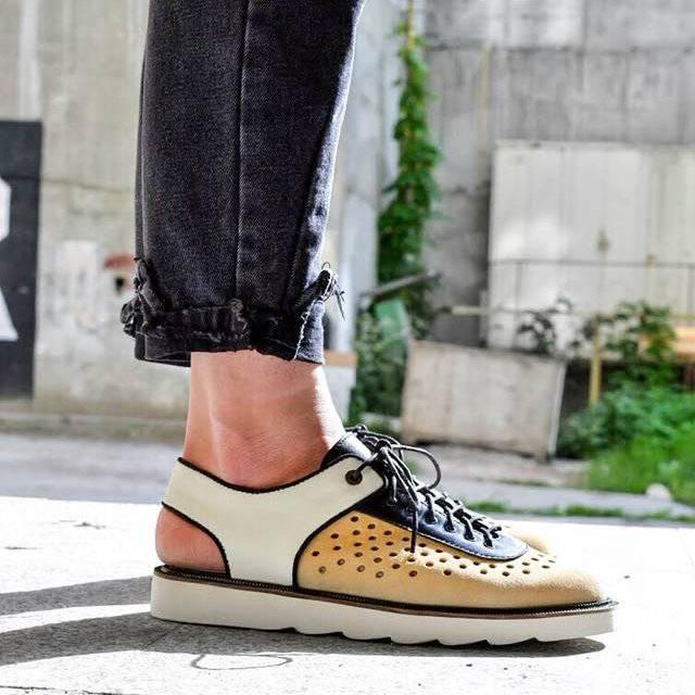 65ada4da5 Te-Shoes – успешный стартап двух друзей, бывших однокурсников КПИ. В  мужской линейке бренда – в основном лоферы, броги и оксфорды. Используют  итальянскую ...