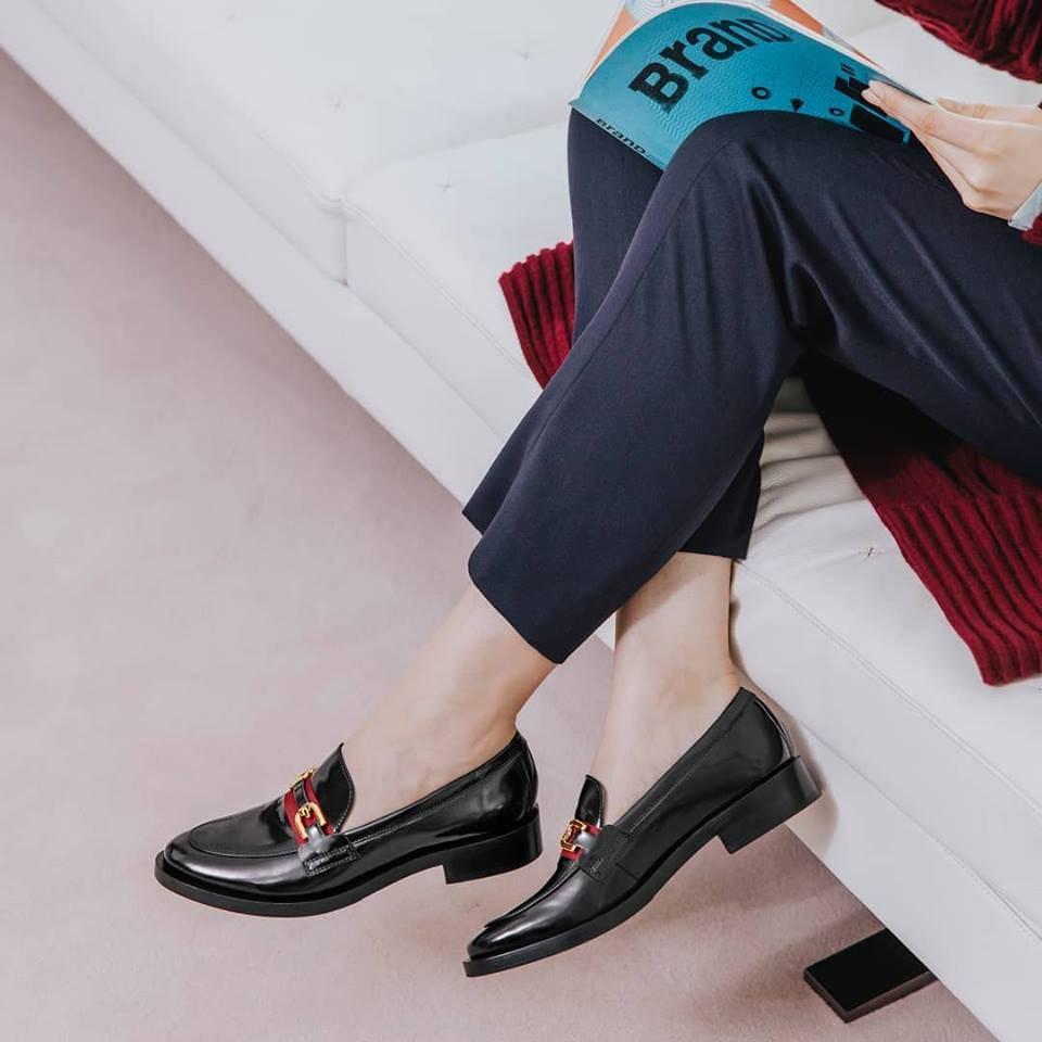 e4005a42e В сети стоковых магазинов Intertop есть обувь и аксессуары разных брендов  из коллекций предыдущих сезонов. Можно купить туфли от Ecco, Geox, Clarks,  Lloyd, ...