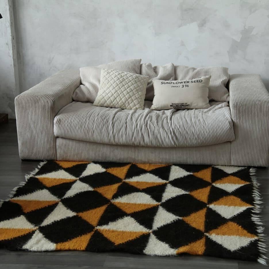 7 украинских брендов которые создают крафтовые пледы и ковры
