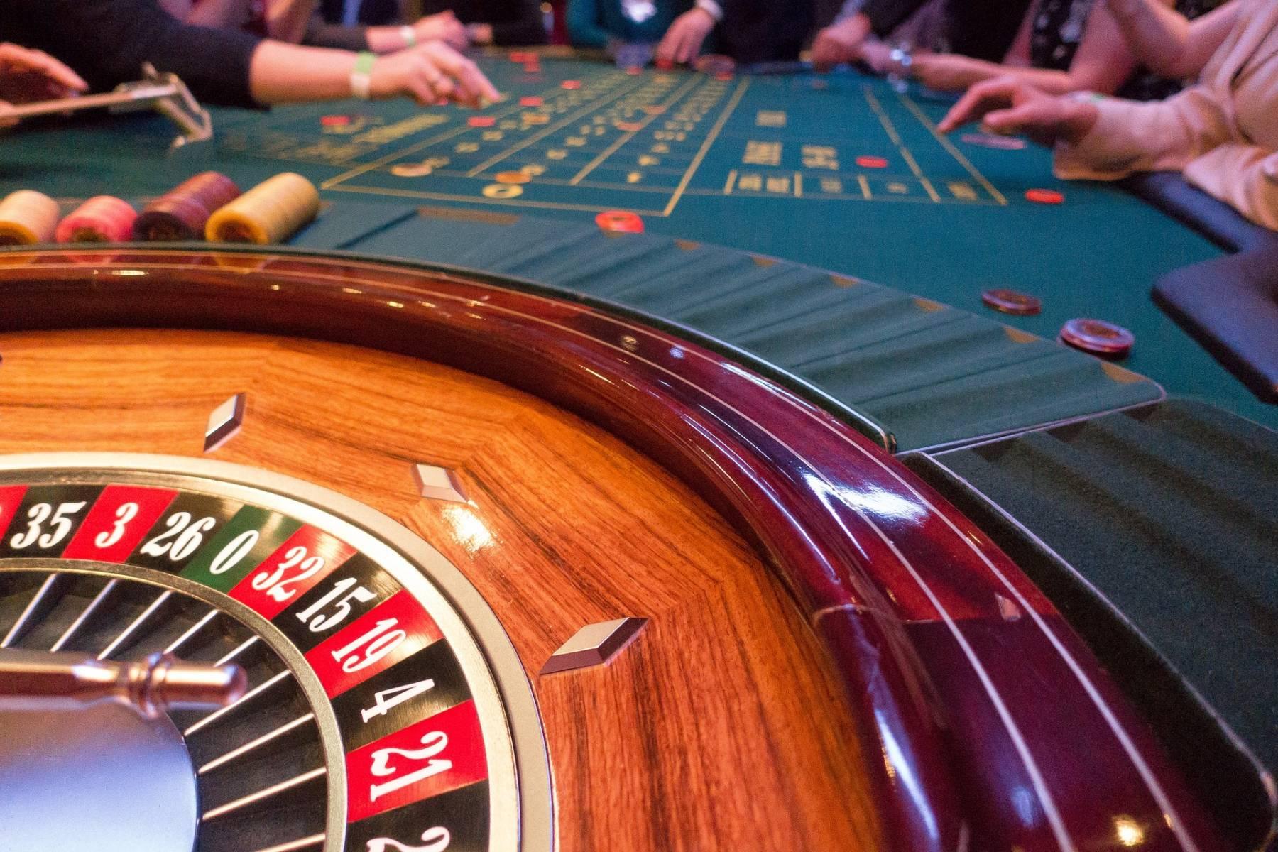 Где официально играют в казино казино города владивостока